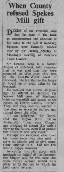 February 1971 Sir Dennis Stucley hands over deeds