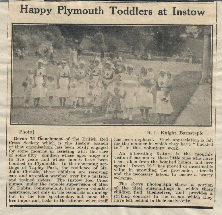 happy plymouth toddlers at Instow