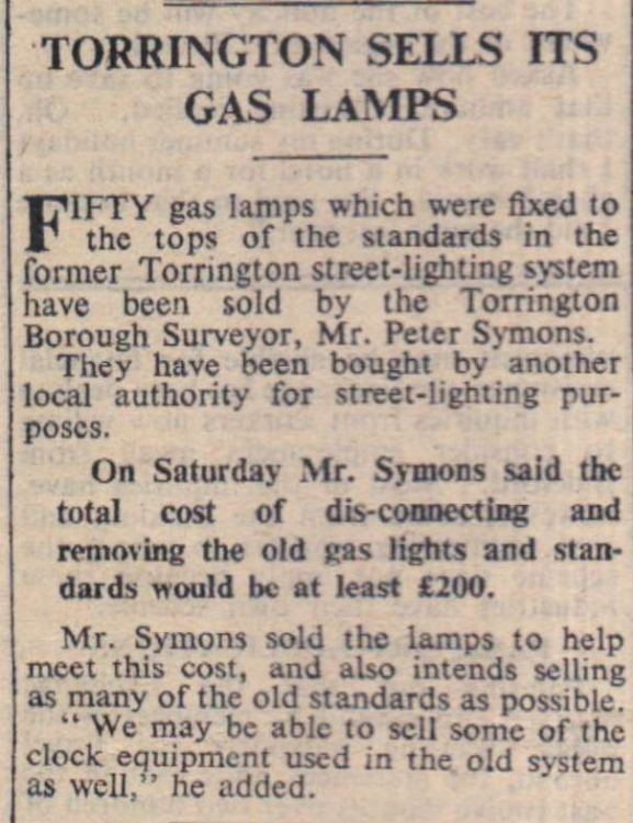 16.5.1958 Torrington gas lamps
