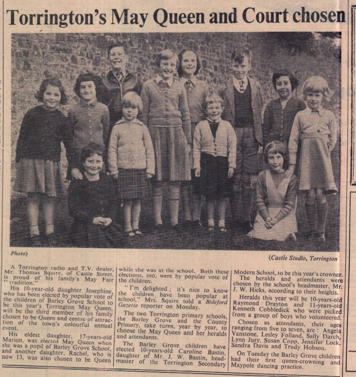 7.3.1958 Torrington May Queen and Court